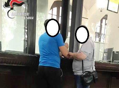 """Catania, recupero """"forzato"""" di parte del debito: estortore in manette, mandante indagato"""