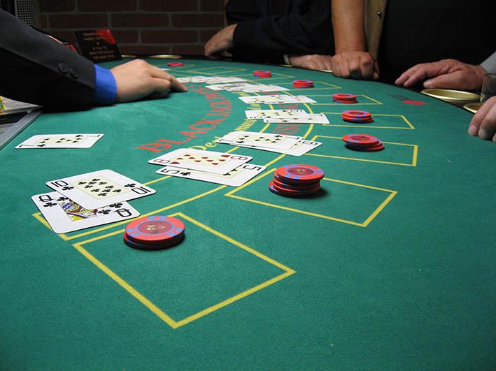 Blackjack: oltre alla fortuna, conta l'abilità del giocatore