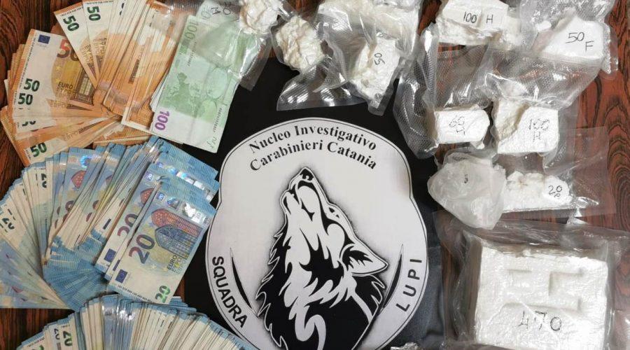 """Arrestata signora della """"neve"""": in camera da letto oltre 2 kg di cocaina VIDEO"""