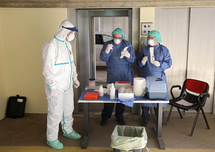 Coronavirus in Sicilia: 69 positivi in casa di riposo e un morto