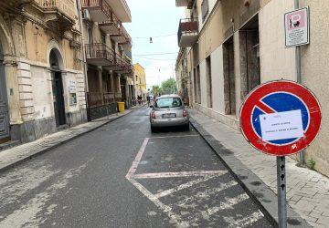 Riposto, chiuso al traffico tratto di via Cavour per scongiurare assembramenti