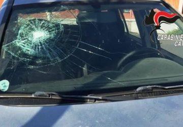 Catania, inseguiva i familiari con una mazza da fabbro: arrestato
