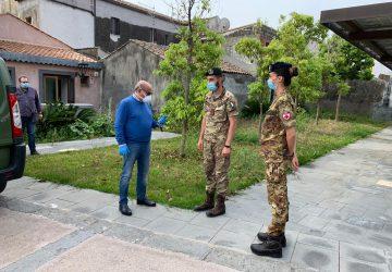Riposto, partita la sanificazione dell'Esercito negli edifici comunali: il via da palazzo Vigo
