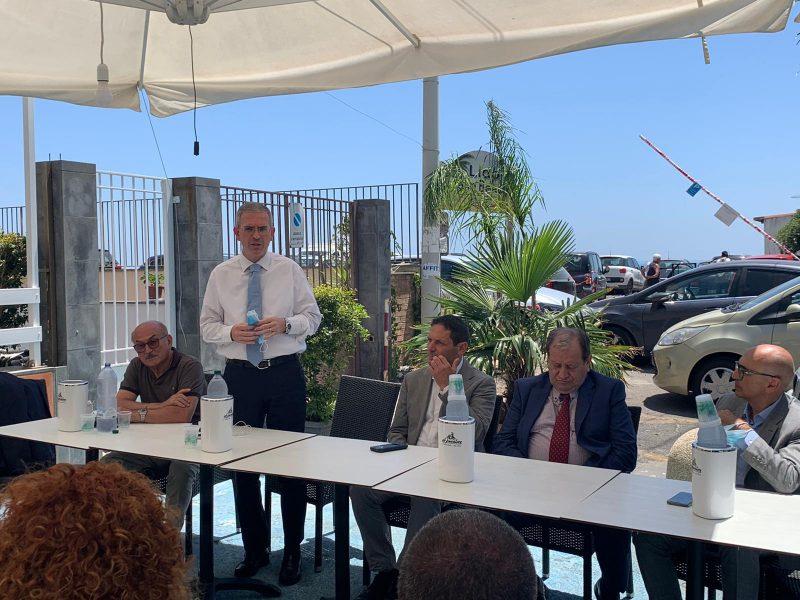 Mascali, completamento della parallela di via Spiaggia: il progetto illustrato dall'assessore regionale Falcone