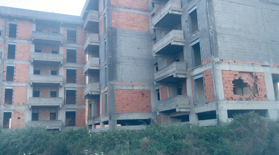 Giarre: entro fine giugno l'avvio dei cantieri per il restauro dei 60 alloggi di via Trieste