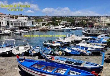 Catania: sequestrata area demaniale marittima all'interno del porto di Ognina occupata da pontile abusivo