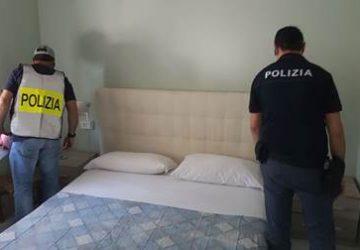 """Catania, sequestrata struttura turistica """"favorevole"""" alla prostituzione: tre denunce"""