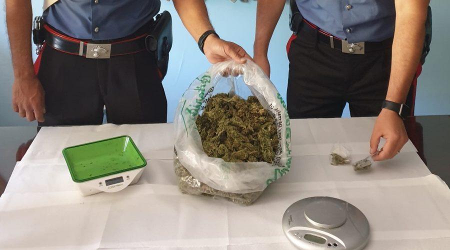 Giardini Naxos, beccato con circa 400 grammi di marjuana: arrestato 38enne