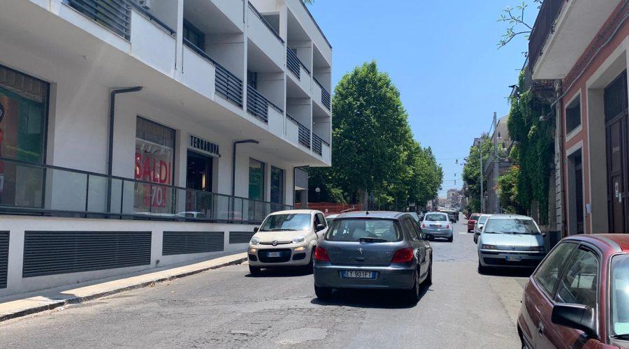 Giarre, in via Finocchiaro Aprile un cartello contro il sindaco dopo l'ultimo sinistro mortale