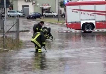 Maltempo, decine di interventi dei Vigili del fuoco a Catania