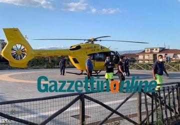Giarre, 28enne accoltellato in via Romagna. Intervento dell'elisoccorso VIDEO