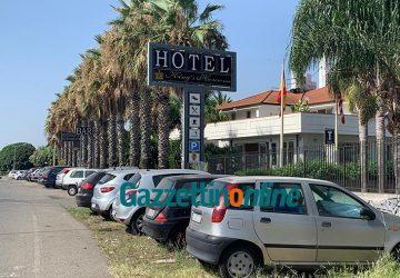 """Covid hotel di Fondachello: sono 11 i turisti in quarantena. Il titolare, Zappalà: """"ingiustificato allarmismo"""""""