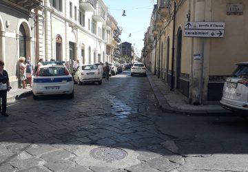 Riposto, incidente all'incrocio tra via Gramsci e via Etna: due feriti
