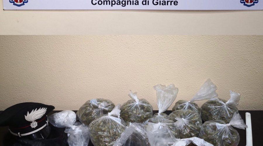 Giarre, colpo grosso dei carabinieri: scoperto un minimarket della droga. Un arresto