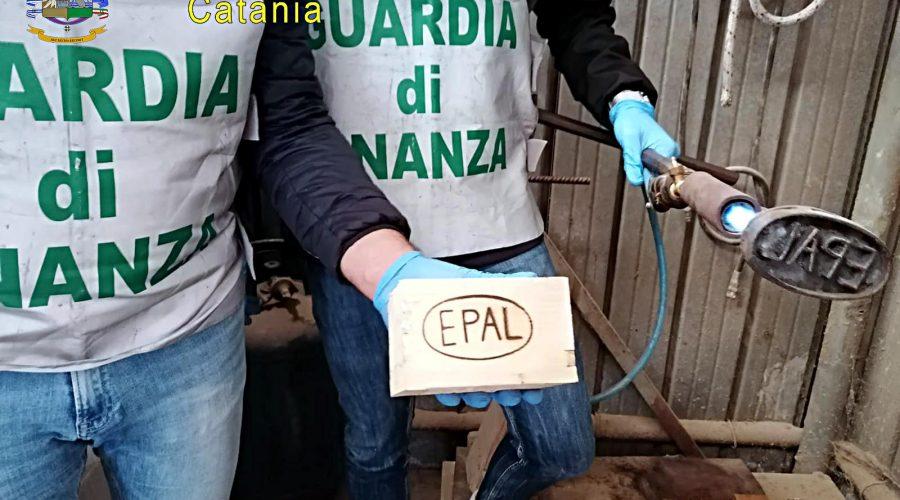 Catania, sequestrate 8mila pallet, denunciati 4 soggetti per contraffazione, ricettazione e reati ambientali