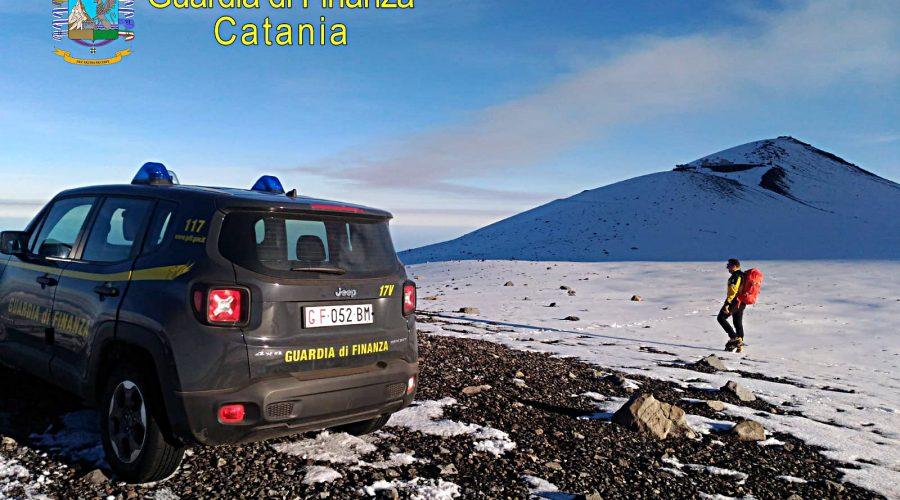 Denunciate 13 guide vulcanologiche ed 1 guida alpina che hanno messo a repentaglio l'incolumità degli escursionisti sull'Etna