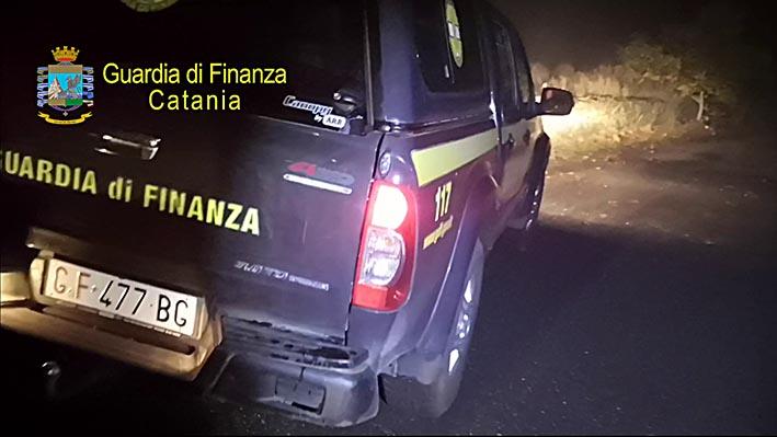 Cercatore di castagne disperso sull'Etna soccorso dal Soccorso Alpino della Guardia di Finanza
