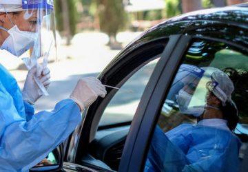 Drive-in di Acireale e Catania, stop ai tamponi rapidi gratuiti per chi non è vaccinato