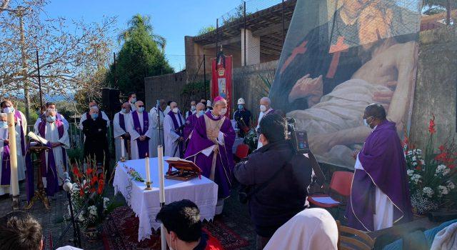 Nella Tenda di San Camillo i funerali di Fratel Leonardo: Acireale e Riposto a lutto FOTO VIDEO
