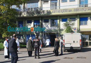 Covid-19: scortate dai carabinieri consegnate a Giarre, Acireale, Paternò e Biancavilla le prime dosi del vaccino FOTO VIDEO