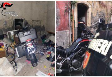 Catania, scoperto un deposito di moto rubate in via Petriera