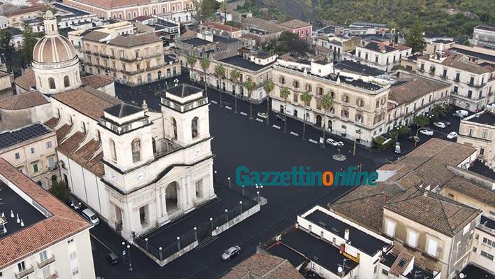 Cenere vulcanica: Protezione civile nazionale stanzia 5 mln di euro per la rimozione