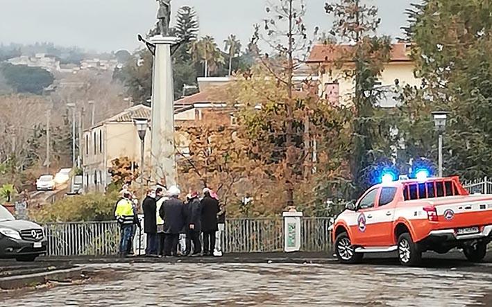"""Emergenza cenere, Nello Musumeci: """"un mln di euro a sostegno delle aree più colpite"""""""