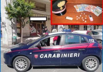 "Acireale, vendevano ""coca"" in piazza Europa: fratelli-pusher in manette"
