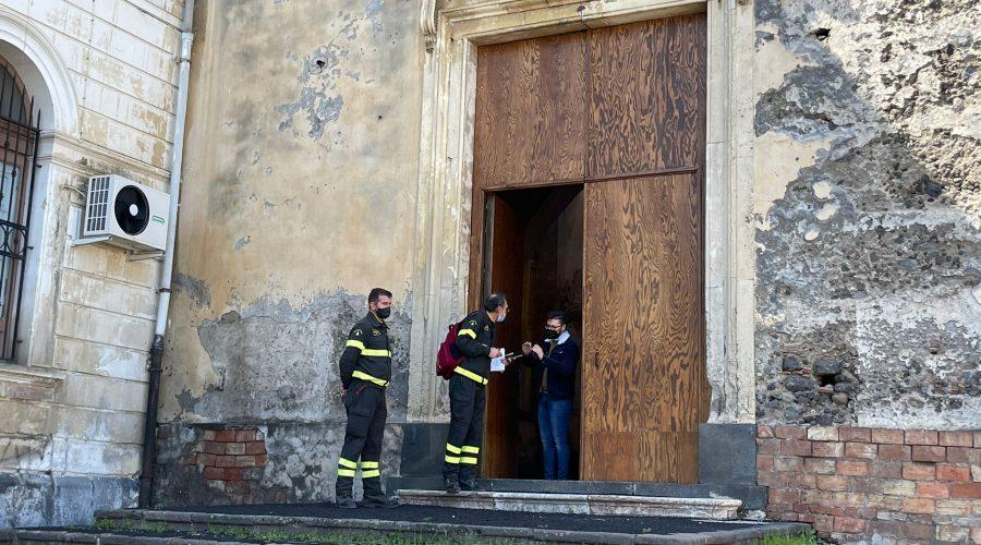 """Giarre,  grande attesa per l'ispezione di mercoledì nella chiesa del Convento. Il Vescovo """"irritato"""" pronto ad intervenire"""