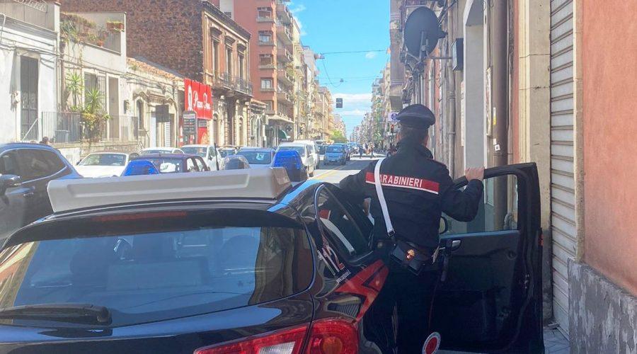 In tre rubano una potente moto: arrestato 15enne
