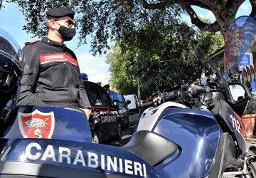 Catania, arrestato mentre ruba un'autovettura