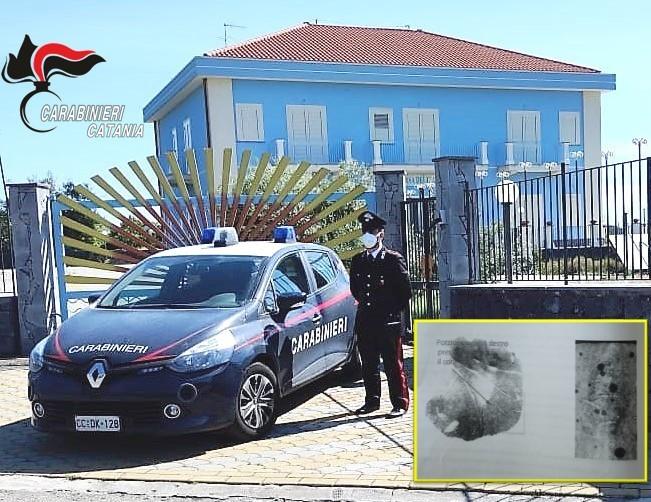 Acireale, aveva razziato una casa per anziani a Guardia: incastrato grazie alle impronte