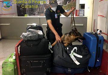 Catania, bloccato in aereoporto con 138 grammi di eroina