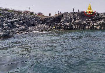 Catania, recuperato in mare il cadavere di una donna