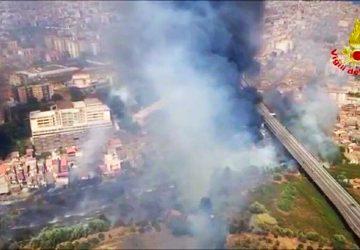 Emergenza incendi Catania, altre 115 richieste di soccorso