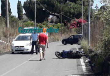 Incidente autonomo a Carruba di Riposto, feriti 2 giovani