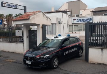 Travolge con l'auto 3 ragazze di Bronte e scappa via: denunciato 20enne di Taormina