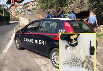 Catania, riforniva i pusher sul campo celando la droga nelle mutande