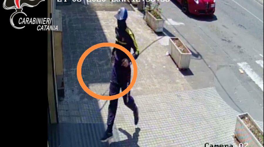 Mascali, catturati due rapinatori seriali: uno preso in aeroporto mentre tenta di fuggire all'estero VIDEO