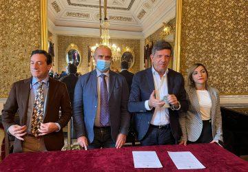 Giarre, giurano in municipio i neo assessori Claudio Raciti e Tania Spitaleri VIDEO