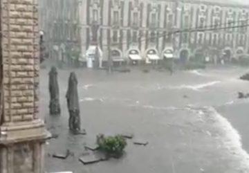 Maltempo, il sindaco di Catania Pogliese dispone la chiusura delle attività commerciali