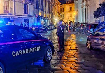 Catania, movida sotto controllo: verifica green pass e lotta agli utenti della strada indisciplinati