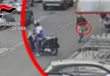 Arrestati due ladri maldestri: presi in casa dopo la fuga VIDEO