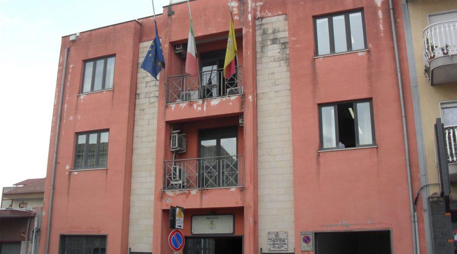 """Fiumefreddo, consiglieri di minoranza chiedono le dimissioni di Giuseppe Cardillo """"in campagna elettorale"""""""