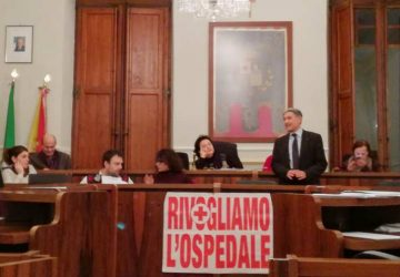 Riposto: in Consiglio comunale dibattito su società partecipate e revisori dei conti