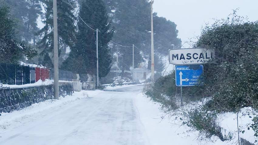 Emergenza neve a Mascali: ancora critiche le condizioni nelle frazioni di Puntalazzo e Montargano