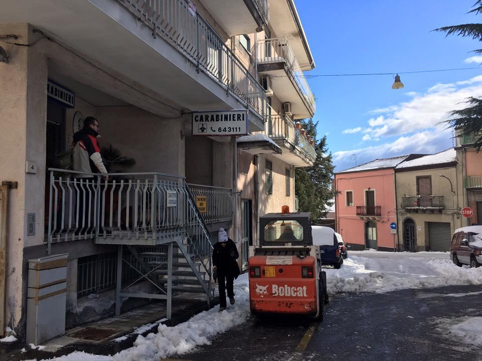 Emergenza neve a linguaglossa domani scuole chiuse for Rendere il mio progetto di casa online